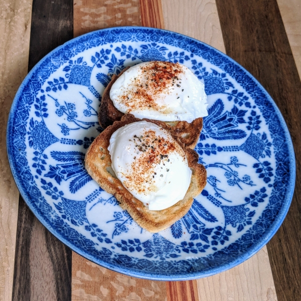 2 Poached-Eggs-Toast