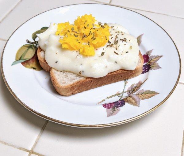 Eggs a la golden rod 1917