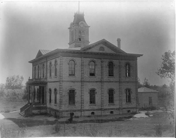SchoolHouse_1890